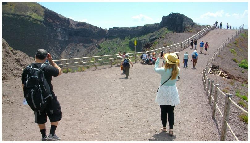 exploring-pompeii-13