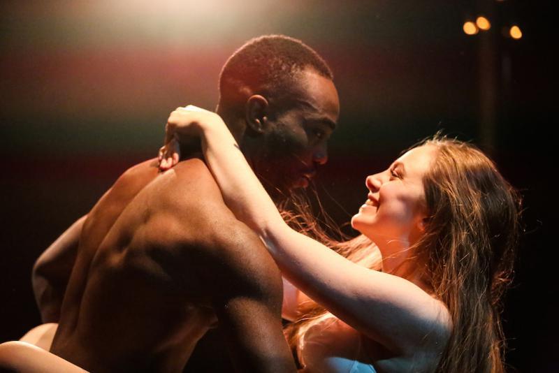 Paapa Essiedu as Romeo %26 Daisy Whalley as Juliet © Craig Fuller-1