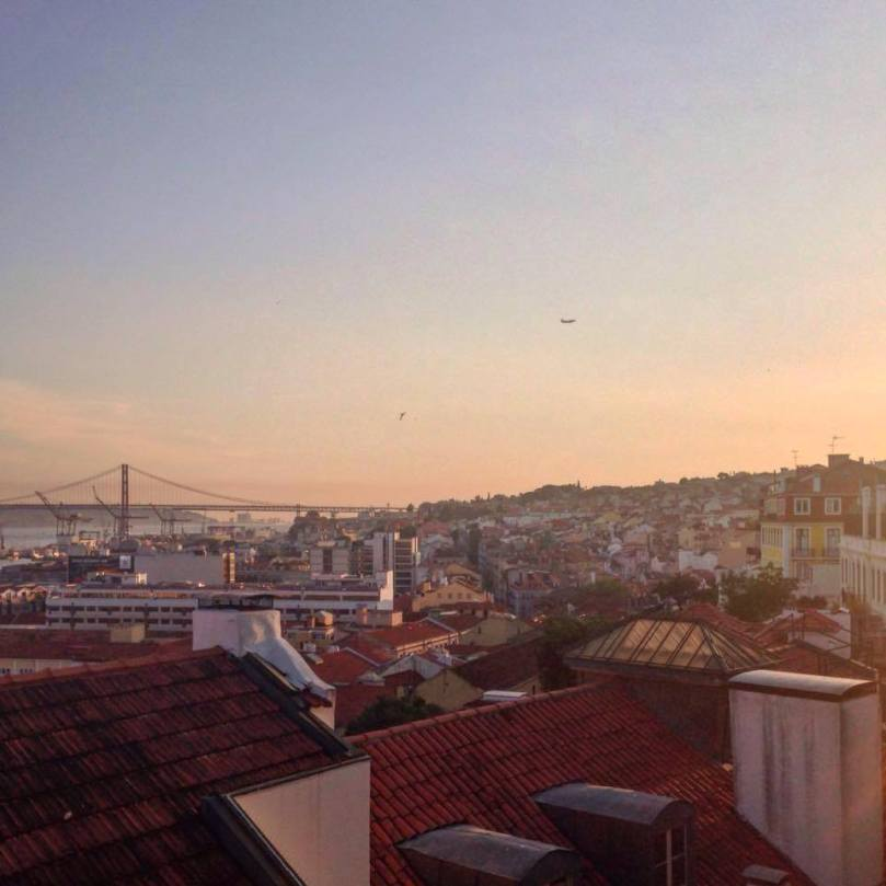 Landing-in-Lisbon-14