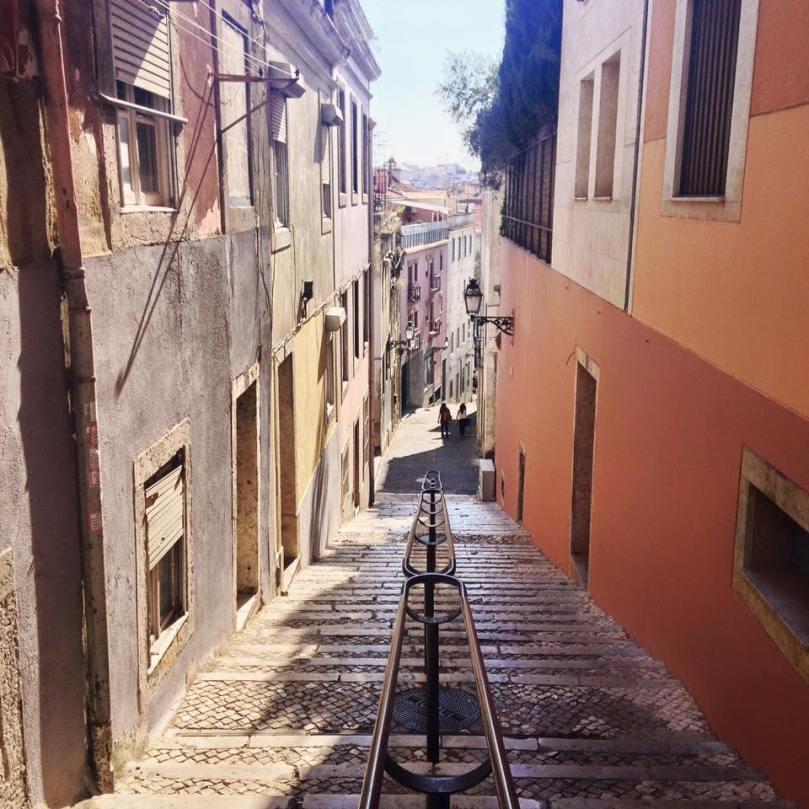 Landing-in-Lisbon-4