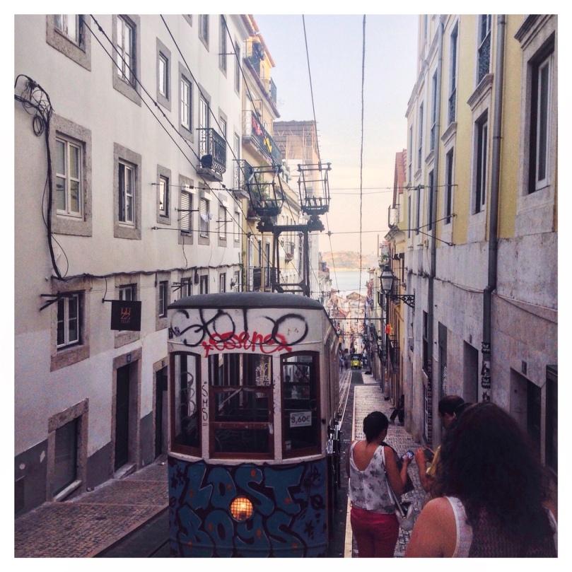 Landing-in-Lisbon-12