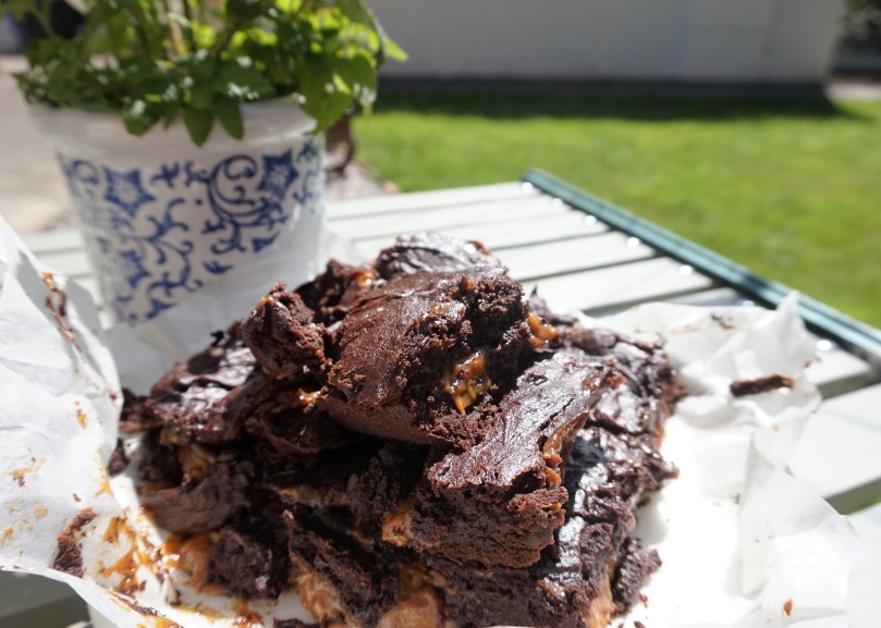Salted Caramel Brownie recipe from Tanya Bakes